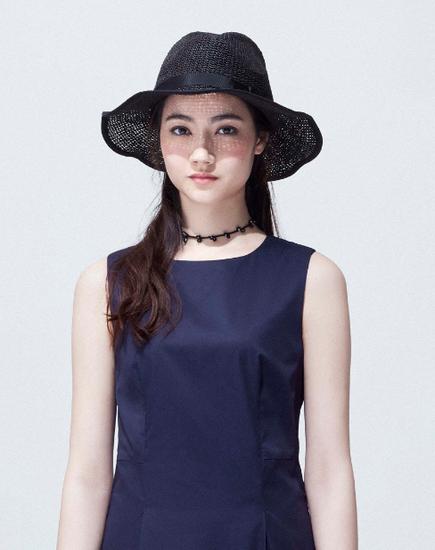 initial宽边帽 (人民币890元)