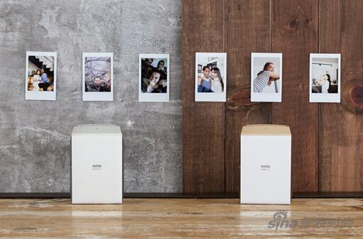 富士新推出了一款手机照片打印机趣奇俏SP-2
