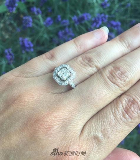 Pippa的订婚戒指