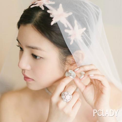 陈妍希白色婚纱