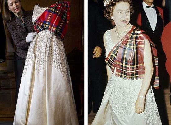 1971年在巴尔莫勒尔堡举办的名为Gillies的舞会上,女王身穿这件礼服