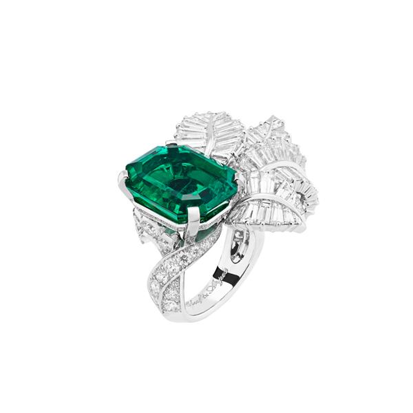梵克雅宝Canopée祖母绿戒指