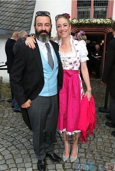 艺术家Mauro Bergonzoli和他的搭档伯爵夫人