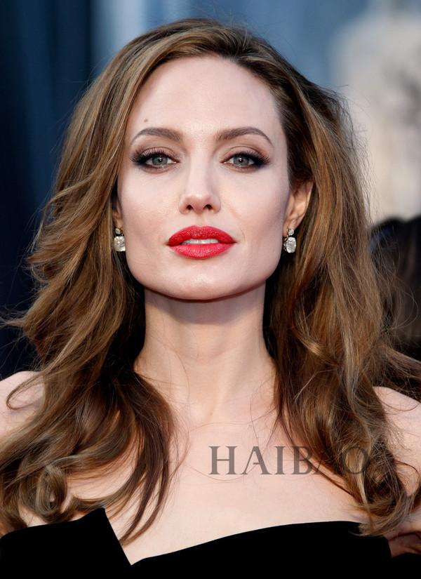安吉丽娜·朱莉 (Angelina Jolie)