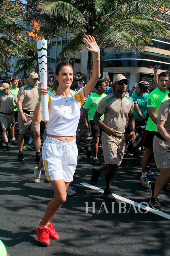 【新珠宝】巴西不只奥运更有好肉体 老牌维密天使跟你聊珠宝