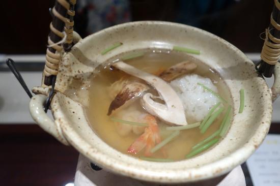 奈良米其林三星店和山村的松茸土瓶蒸
