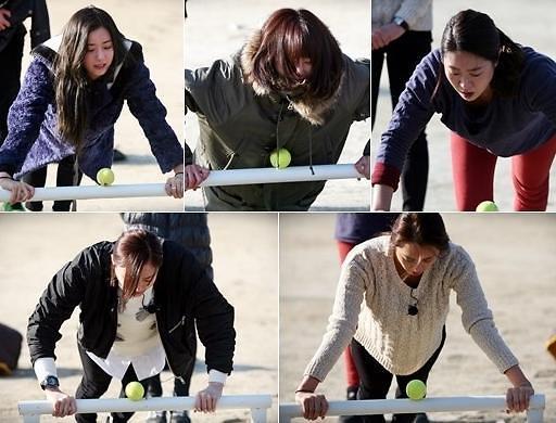 冰天雪地中做俯卧撑的韩女星们