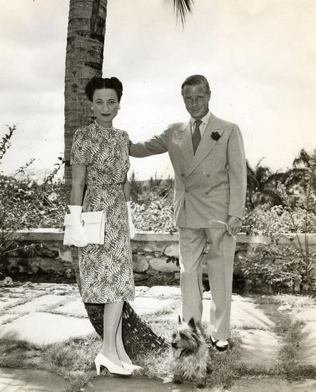 温莎领设计之初,是为了炫耀漂亮的领带和领结