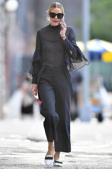 Olivia穿喇叭裤