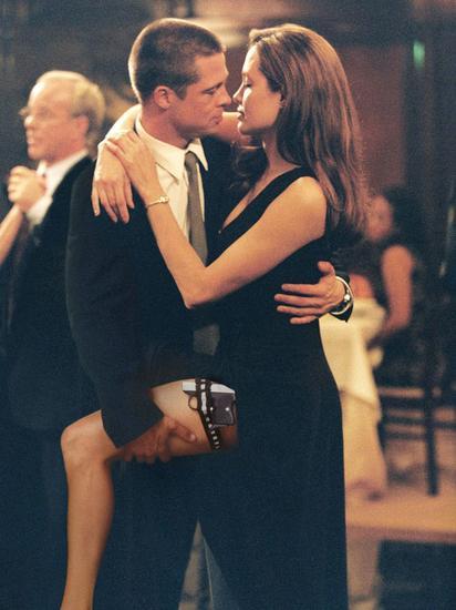 2004年俩人因为合作《史密斯夫妇》结缘