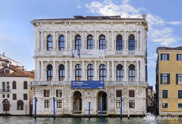购物信息:《文化香奈儿 - 阅读不辍的女士》威尼斯展览