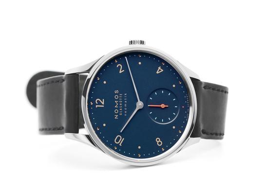 NOMOS Minimatik nachtblau watch