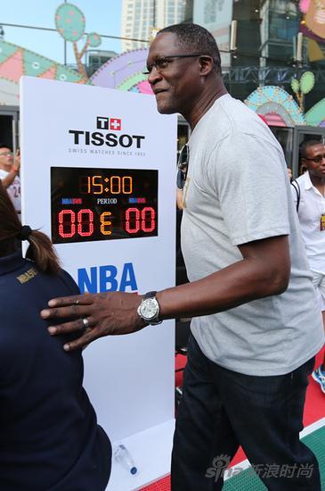 天梭表与NBA篮球先锋多米尼克?威尔金斯