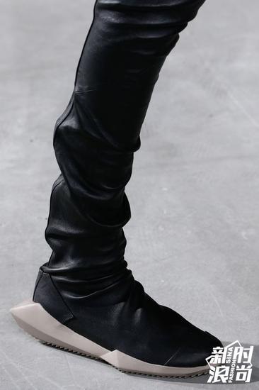 Rick Owens平底高靴