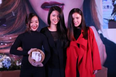 Yuli赠与Michelle Phan自创品牌Yulimade护肤礼盒