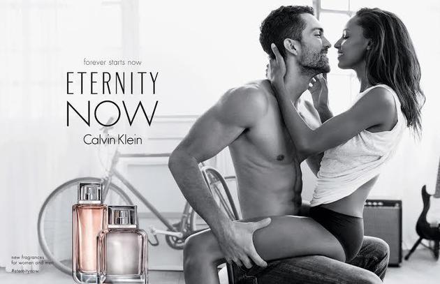 俩人还共同演绎卡Calvin Klein香水广告大片