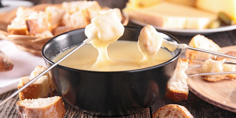技能|天冷涮个锅 瑞士奶酪火锅给你温暖大熊抱