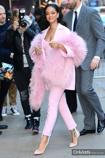 超模Rihanna