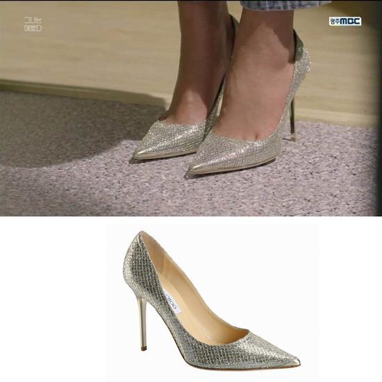 《她很漂亮》里的Jimmy Choo高跟鞋