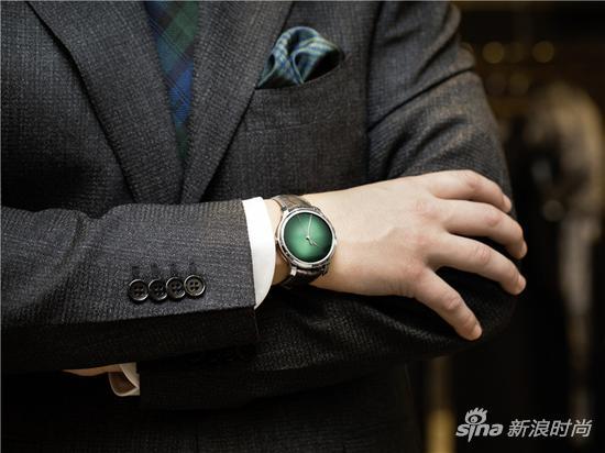 亨利慕时勇创者大三针宇宙绿限量版概念腕表