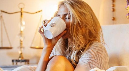爱健康:明星卸妆丑可能是睡眠不好 用这8招睡好美容觉