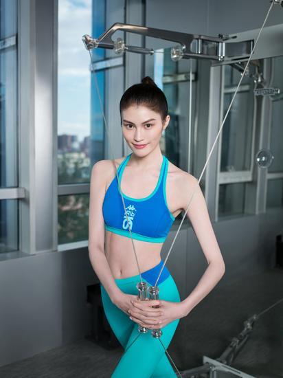 常常运动,保持身材的同时对皮肤也好。
