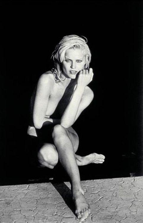 Peter Lindbergh掌镜拍摄的1996年倍耐力年历