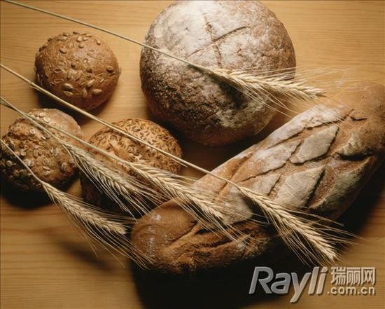 早餐一个七谷面包