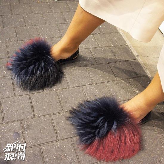 毛毛鞋街拍
