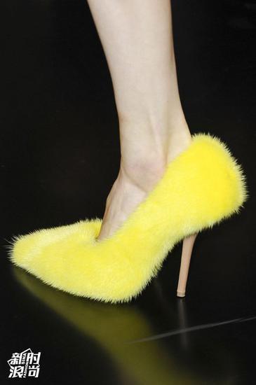 Celine毛毛鞋