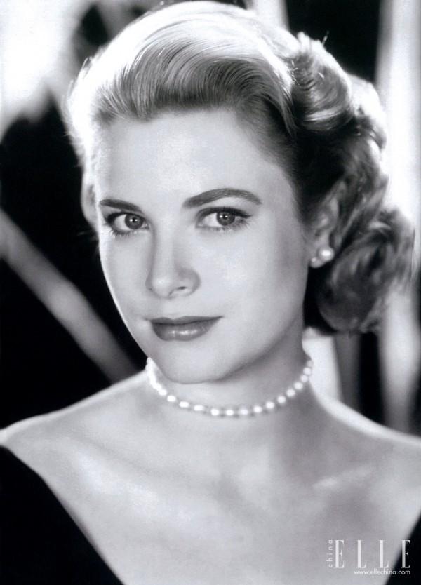 摩纳哥王妃Grace Kelly佩戴Mikimoto珍珠项链