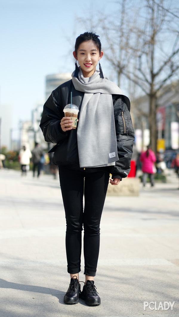 和厚重冬衣搭配也是一脸CP感