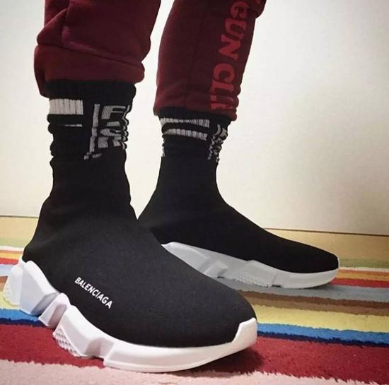 大飞 巴黎世家袜子鞋,新年的第一个爆款就是它了图片