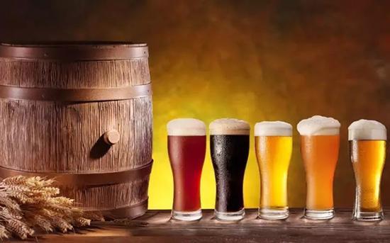 不同色度的精酿啤酒,口味大不同