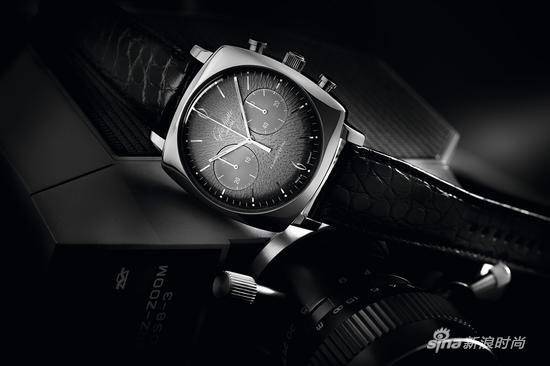 格拉苏蒂原创鎏金六零年代墨灰腕表