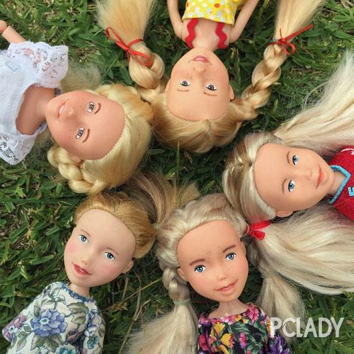 """卸了浓妆的芭比娃娃看似""""变丑"""""""