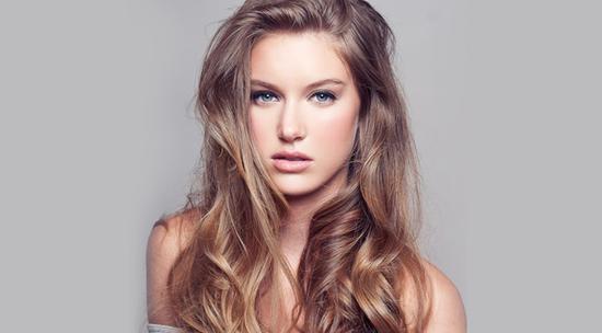 女人最想要的是好闻又防掉发的洗发水