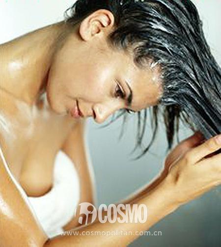 不同牌子的洗发水换着用