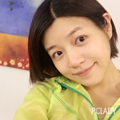 就连自拍都很少修图用滤镜的陈妍希