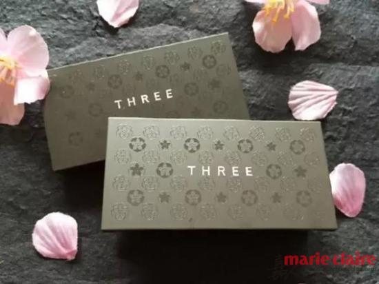 THREE家的包装风格一直都是走高端大气路线