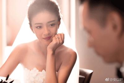 剛剛公佈婚訊的安以軒 滿臉膠原的婚紗照美翻了
