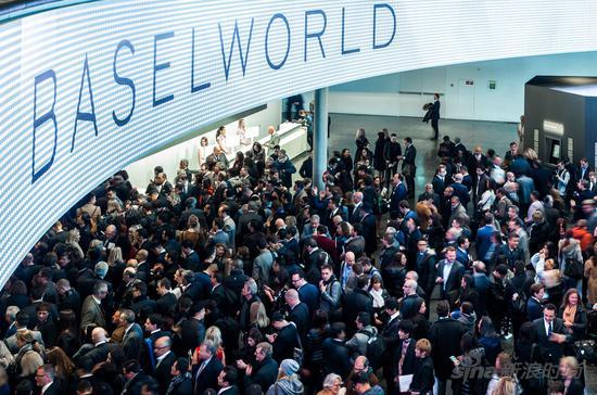 """""""巴展""""的特色,在于集结了全世界最大和最具声望的钟表和珠宝品牌、设计新锐、最优秀的零售商和全球媒体。"""