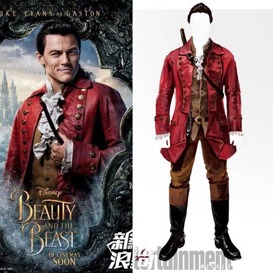 Gaston的红色军装风