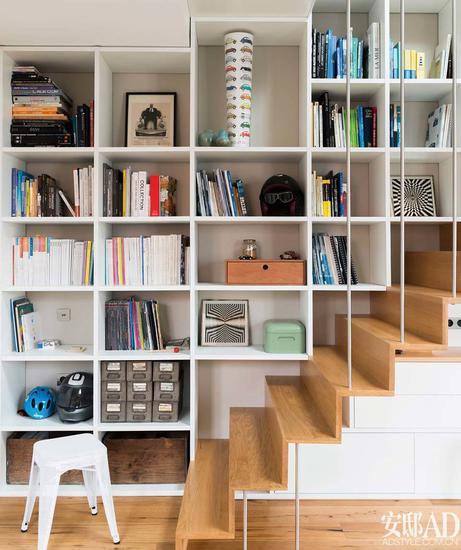 photo from GAP Interiors/Julien Fernandez - Architect Bereal firm - www.bereal.fr