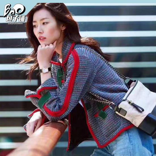 刘雯背Chanel流浪包