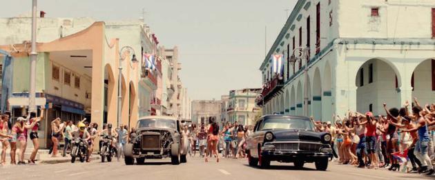 古巴街头飙车