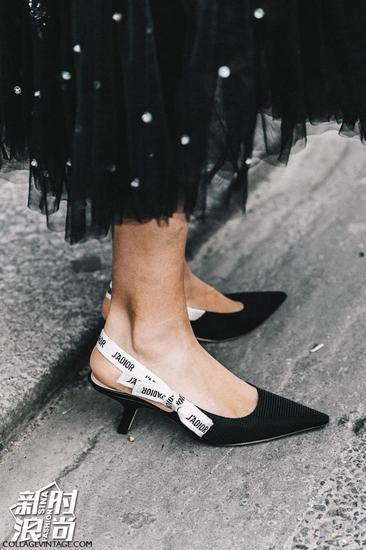Dior的爆款猫跟鞋
