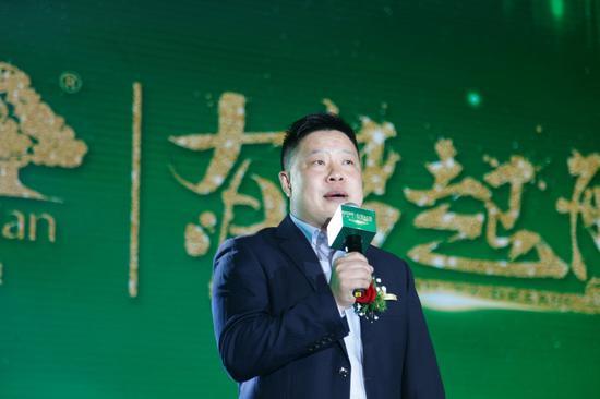 CS事业部总经理徐军先生发表致辞