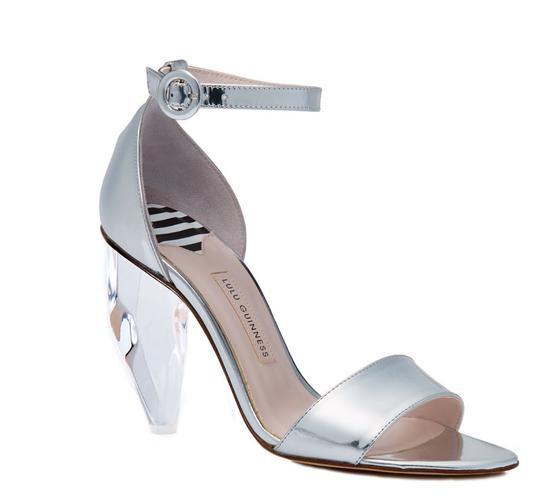 寶石高跟鞋