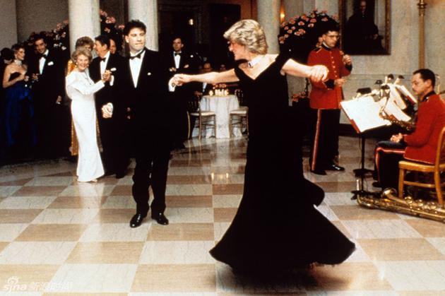 那一条裙的风情 记录时尚史的惊艳裙装
